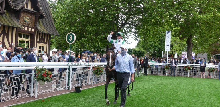 Joy for Ken Condon as Laws Of Indices wins thrilling Prix JeanPrat
